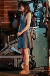 Jamie Dornan surprises Dakota Johnson with a new Audi sports car on 'Fifty Shades of Grey' set!